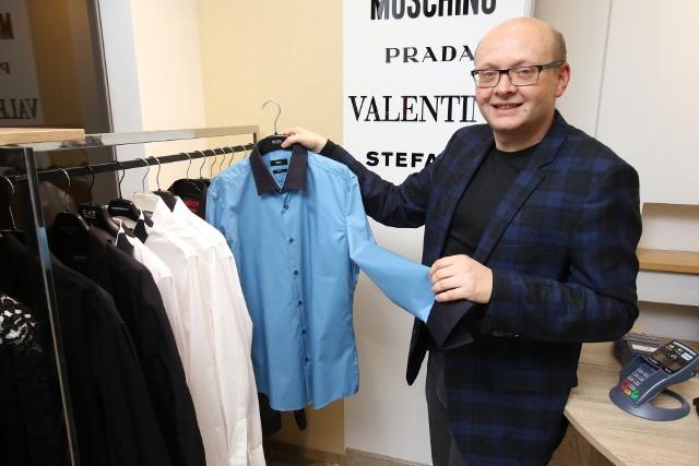 Jarosław Panek, właściciel Luxury Outletu Grand zapowiada, że podczas Black Weekendu będzie można kupić męskie koszule Armaniego w promocji już od 240 złotych.