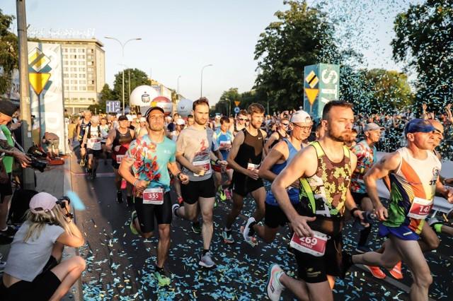 Wielkie bieganie na ulicach Białegostoku 8. PKO Nocny Białystok Półmaraton