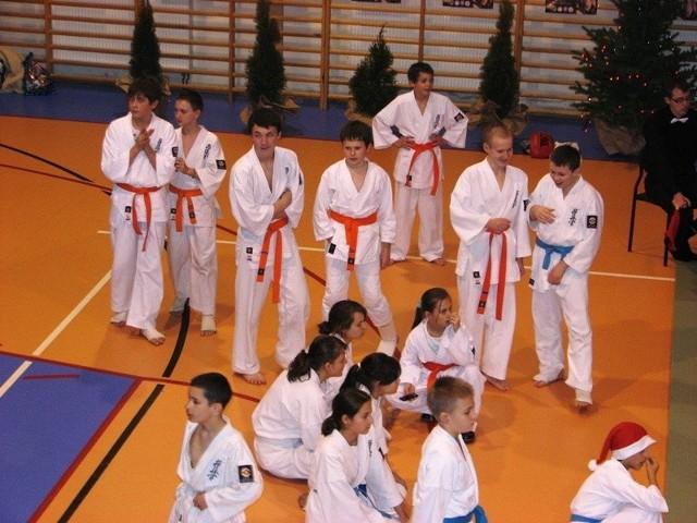 W dniu 6 grudnia 2008r. w Broku odbyl sie III Mikolajkowy Turniej Karate Kyokushin dla dzieci i mlodziezy