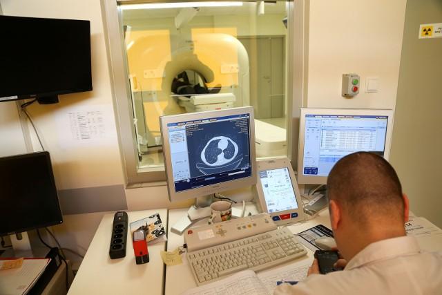 2-3 tygodnie zajmuje też zwykle cała procedura u pacjentów z podejrzeniem nowotworu, jacy trafiają do białostockiego szpitala MSW.