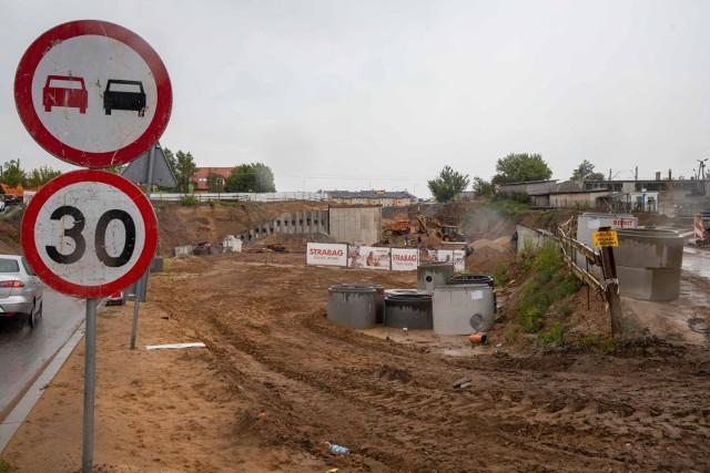 Przebudowa ulicy Klepackiej została wstrzymana w lutym tego roku. Końca przerwy nie widać