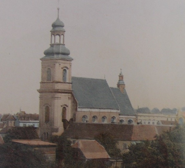 Kościół św. Józefa w klasztorze franciszkanów został wzniesiony w latach 1638-44.