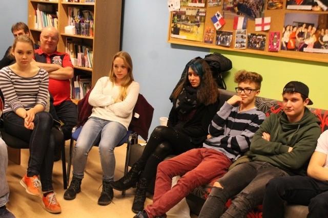 Goście z Niemiec odwiedzali gminy i szkoły na Śląsku Opolskim. Byli też w różnych placówkach mniejszości. Na początku 2015 roku oni będą przyjmować u siebie młodzież z naszego regionu.