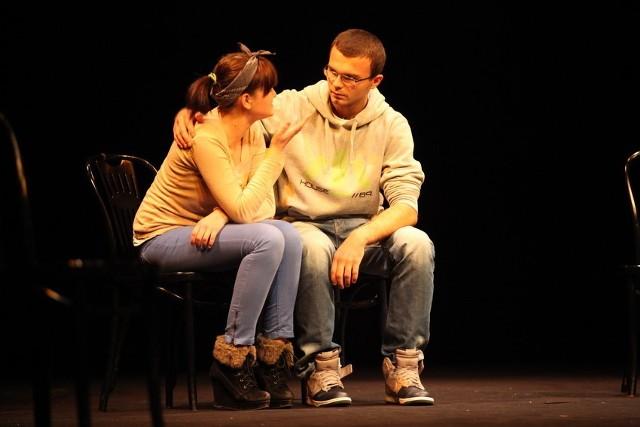 W opolskim teatrze zaprezentowało się 10 grup.