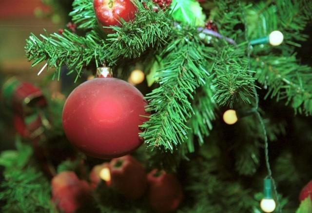 Jedynie 0,3 procent Polalów dopuszcza rezygnację z Bożego Narodzenia. Te święta, właśnie przez nas obchodzone, lubimy najbardziej