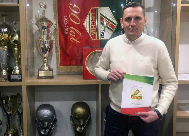 Trener Lechii Dominik Bednarczyk