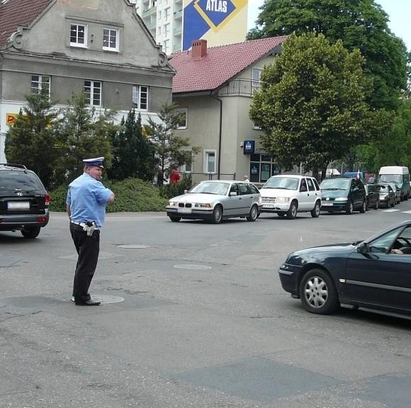 Podobnie jak rok temu, policjanci będą kierować ruchem na placu Słonecznym. Jest on teraz remontowany i na wjeździe w ulicę Kościuszki, w kierunku Spokojnej, zrobiono ruch dwukierunkowy. Ciężarówkom nie będzie łatwo tam wjechać, kiedy z naprzeciwka będzie nadjeżdżało auto.