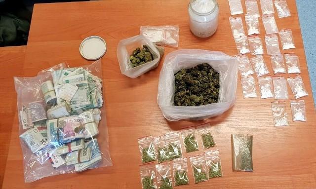 Kryminalni z Głogówka zabezpieczyli ponad 420 gramów amfetaminy oraz ponad 125 gramów marihuany.
