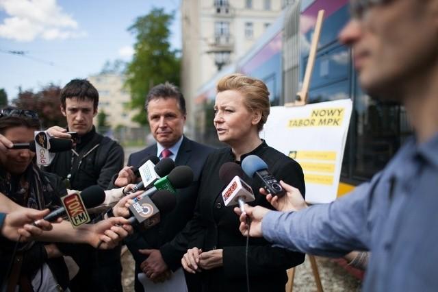 Prezydent Hanna Zdanowska i prezes MPK Zbigniew Papierski mówili wczoraj o planach modernizacji łódzkiego taboru.