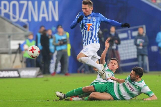 Dzięki niedzielnej wygranej Lech Poznań ma już tylko dwa punkty straty do Lechii Gdańsk