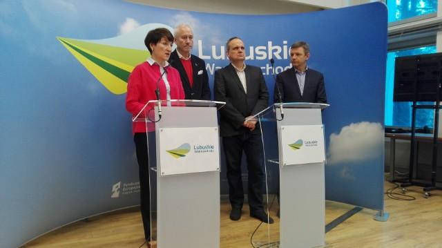 Marszałek Elżbieta Polak zapowiedziała na konferencji prasowej, że negocjacje z lekarzami mają zakończyć się do końca miesiąca...