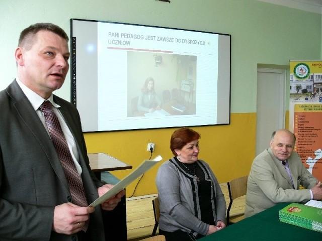 O projekcie Dzisiaj szkoła- jutro praca, mówi Mariusz Majewski, dyrektor szkoły
