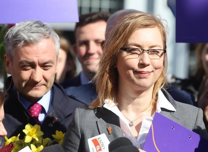 Hanna Gill-Piątek odchodzi z klubu Lewicy i Wiosny Roberta Biedronia.