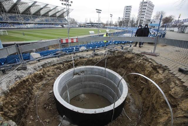 Rozpoczęły się prace przy modernizacji Stadionu Miejskiego w Rzeszowie.