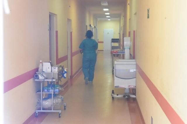 We wtorek rano na oddziale zakaźnym  zielonogórskiego szpitala przebywało 6 osób z podejrzeniem zakażenia koronawirusem