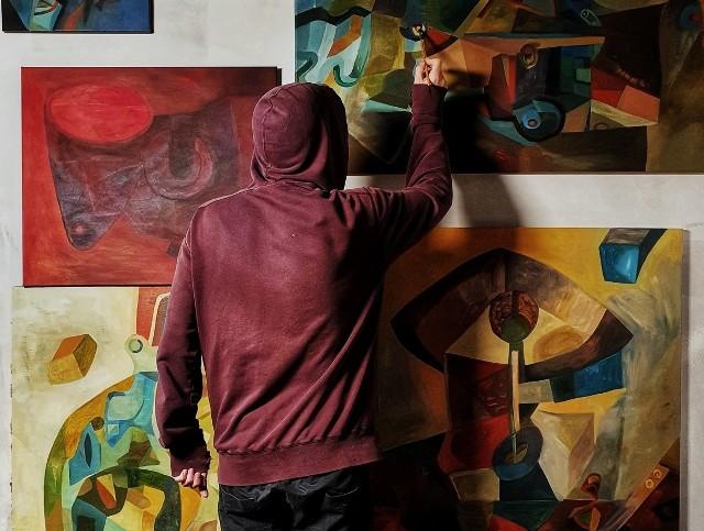 Wystawa prac Macieja Knapy w kluczborskim muzeum