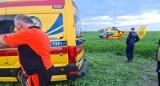 W powiecie wąbrzeskim ciągnik z kosiarką przygniótł 55-letniego mężczyznę. Lądował śmigłowiec LPR