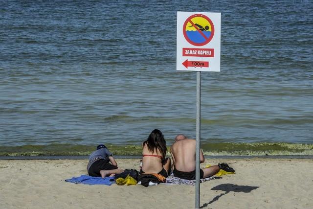 Groźna bakteria w Bałtyku! Przecinkowce, czyli mięsożerne bakterie mogą być śmiertelnie niebezpieczne dla turystów wypoczywających nad Bałtykiem.