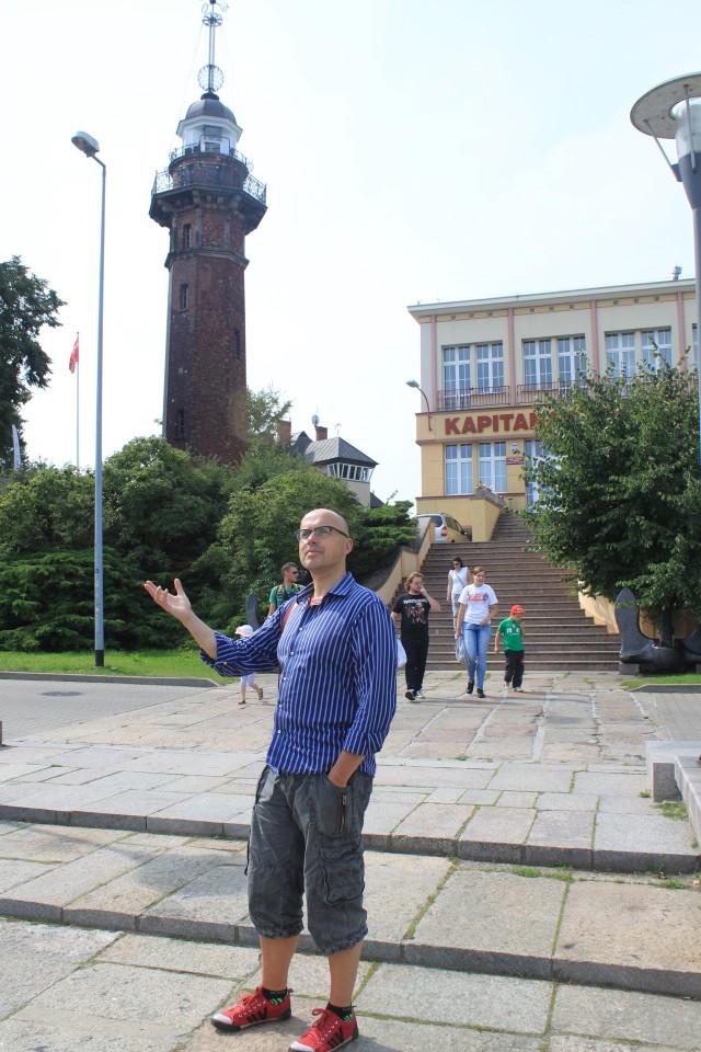Młodszy latarnik Czesław Romanowski i 114 stopni schodów ukrytych w zabytkowej latarni w Nowym Porcie