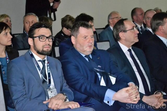 Z lewej Łukasz Hołubowski, prezes Agencji Rynku Rolnego