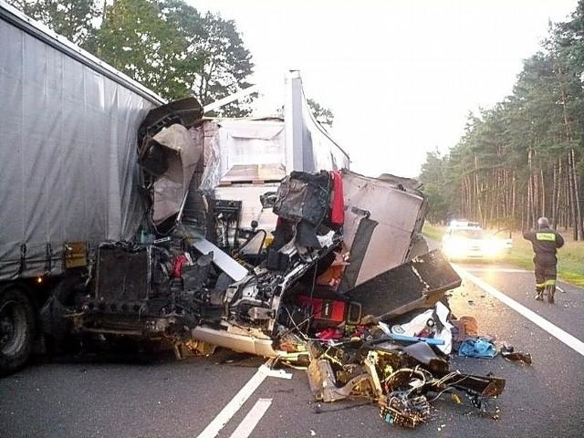 Około 4.00 nad ranem koło Trzebiszewa na S3 doszło do zderzenia dwóch ciężarówek. Droga była zablokowana przez prawie cztery godziny.