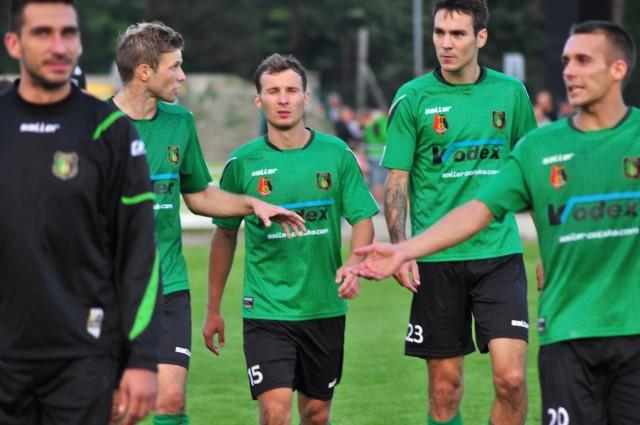 Piłkarze Stali Stalowa Wola powalczą w sobotę o pierwsze wyjazdowe zwycięstwo w tym sezonie. Na pewno w Bytomiu miejscowa Polonia postawi twarde warunki, zapowiada się ciekawy mecz.