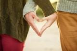 Oto horoskop miłosny na listopad. Na osoby spod tych znaków zodiaku czeka wielka miłość [lista - 24.10.21]