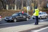 Białystok. Protest taksówkarzy przeciwko tarczy antykryzysowej (zdjęcia)