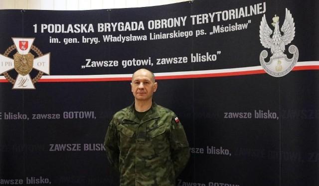 Plut. Andrzej Miszczuk w wojsku służy od 6 lat. Obecnie jest dowódcą drużyny kompanii logistycznej w 1 PBOT.