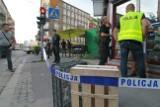 Bestialski atak we Wrocławiu. Mnóstwo krwi i obława [ZDJĘCIA]