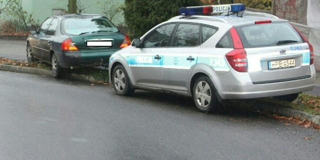 Do zdarzenia doszło we wtorek (8 listopada) w centrum Nowej Soli. Kierowca forda mondeo nie zatrzymał się do kontroli. Chciał przejechać policjanta. Uciekając łamał wszelkie możliwe przepisy ruchu drogowego i powodował zagrożenie wypadkiem. Padły strzały.