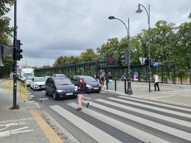 Wielka przebudowa w centrum Torunia zakończyła się w lutym. Dyskusja wokół niej nadal trwa