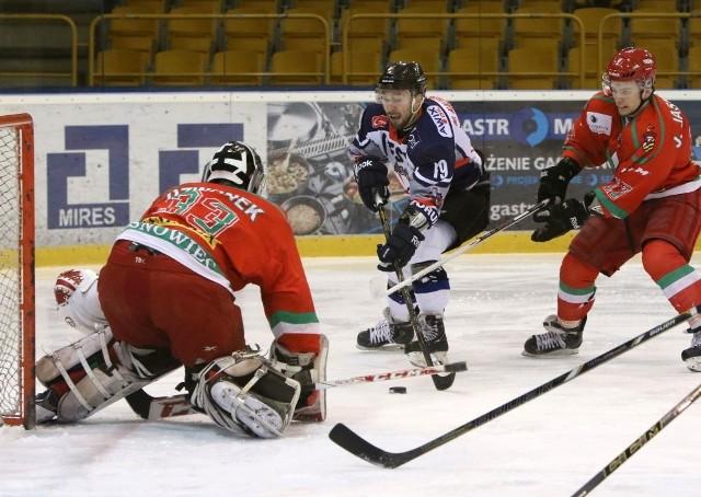 W tej sytuacji Michał Kalinowski także nie pokonał Tomasza Dzwonka.