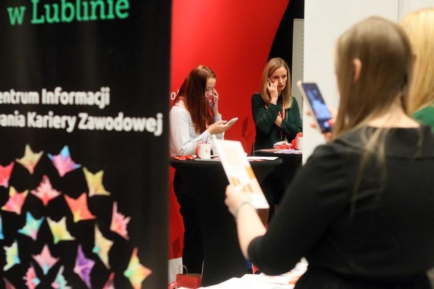 30% badanych Polaków przyznaje, że z braku znajomości języka...