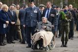 ŻAGAŃ. Wielka Ucieczka. 75 lat temu tunelem Harry z obozu jenieckiego uciekało 76 jeńców alianckich. Zobacz zdjęcia z obchodów wydarzenia
