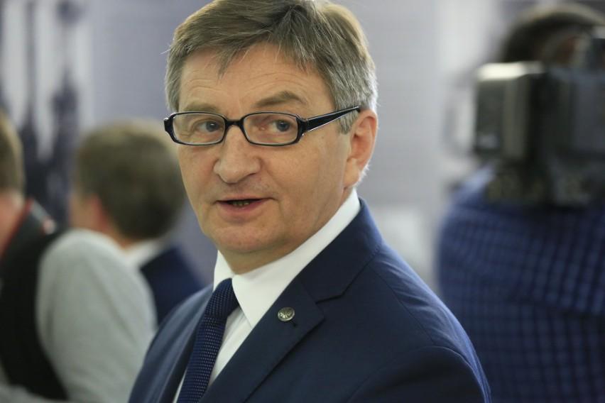 Wnioski opozycji o wotum nieufności dla Glińskiego i odwołanie Kuchcińskiego odrzucone