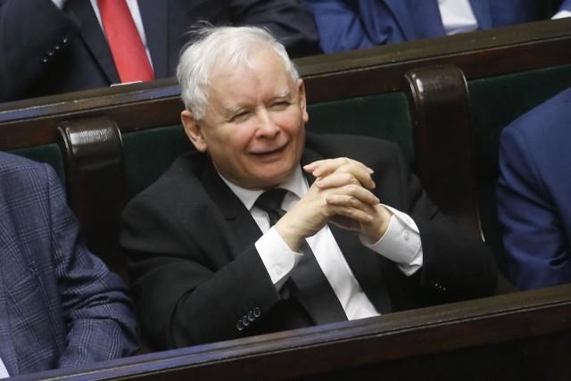Jarosław Kaczyński stoi dodatkowo na stanowisku, że wybory 10 maja są konieczne, bo nie za bardzo widać kolejny ich termin