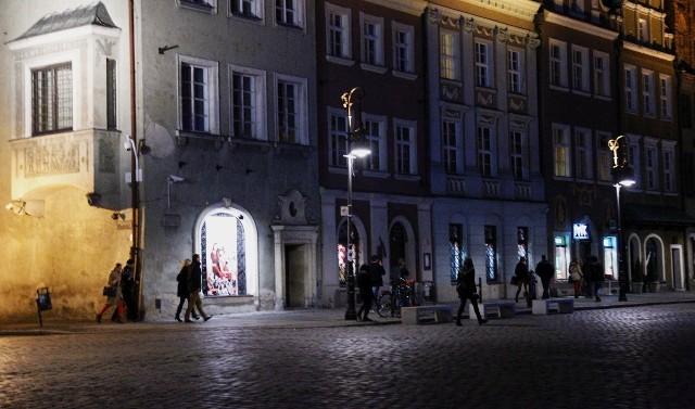 """W piątek i sobotę poznańscy policjanci przeprowadzili na terenie ścisłego centrum działania prewencyjne pod kryptonimem """"Zero Tolerancji"""""""