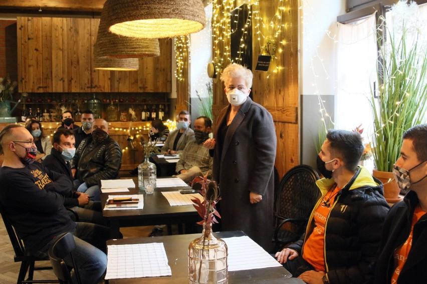 W czwartek lubelscy restauratorzy spotkali się w Sielsko Anielsko. Poszukiwali sposobu na zachęcenie klientów do korzystania z ich usług