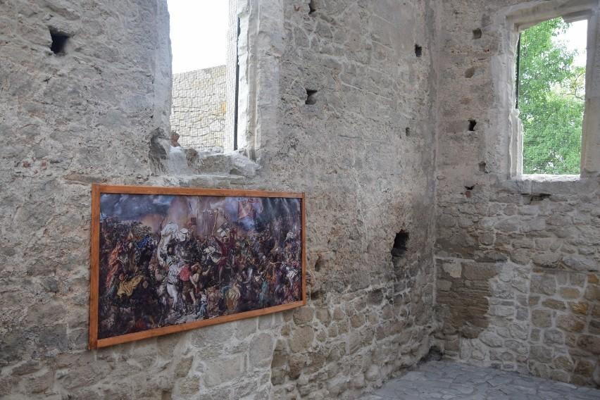 """W Szydłowie można podziwiać replikę słynnego obrazu Jana Matejki """"Bitwa pod Grunwaldem"""""""