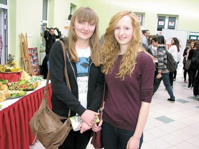 Karolina Gołaszewska i Magdalena Pietraszko wybierają się do liceum. Po szkole średniej chcą dostać się na dobre studia.