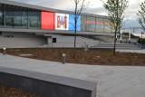 Nowy dworzec w Solcu Kujawskim piękny, ale tylko dla zdrowych...