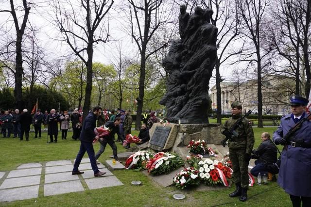 Uroczystość przed Pomnikiem Ofiar Katynia i Sybiru rozpocznie się o godz. 13.15