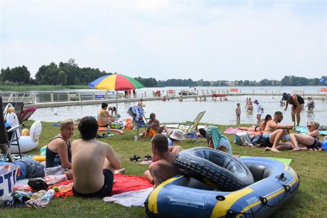 W weekend 24 lipca służby zjechały nad jezioro, by pokazać swój sprzęt i umiejętności, ale też  mówić o bezpieczeństwie