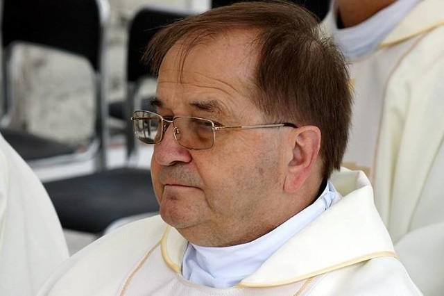 Ojciec Rydzyk nie dotarł na urodziny Radia Maryja. Zgubił się w Bydgoszczy. Duchowny nie chciał być spóźniony