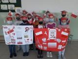 Uczniowie z klasy IIIc z Koprzywnicy obchodzą Święto Konstytucji Trzeciego Maja. Zobacz co zrobili