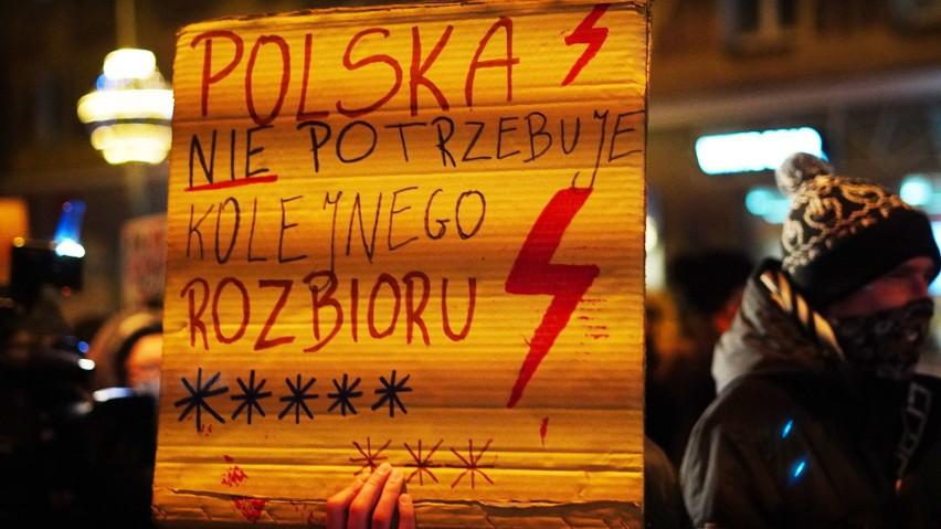 W ostatnim proteście kobiet w Białymstoku brało udział...
