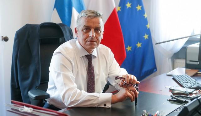 Pełniący obowiązki prezydenta Rzeszowa Marek Bajdak był wcześniej dyrektorem Wydziału Nieruchomości w Podkarpackim Urzędzie Wojewódzkim w Rzeszowie.