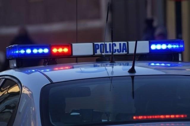 Słupska policja została zaalarmowana dzisiaj rano (wtorek, 28.09.2021 r.) o dwóch 15-latkach, którzy pijani znajdowali się przed galerią handlową. Obaj trafili do szpitala.
