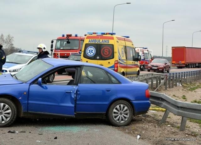 Wypadek na obwodnicy Szczuczyna. Honda zderzyła się z Audi